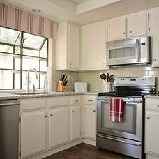 Traditional Kitchen by Trinity Renovation, Inc.