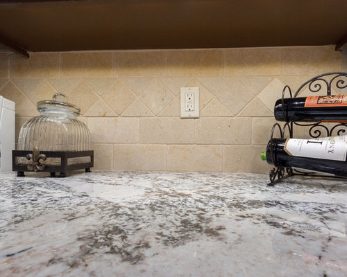 Circle Kitchen Design Ideas Renovations Amp Photos With Brown Cabinets