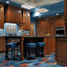 Eclectic Kitchen by Kitchen Designs by Ken Kelly, Inc. (CKD, CBD, CR)