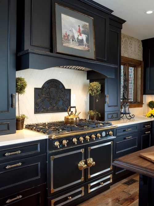 Kitchen design ideas renovations photos with black for Black and beige kitchen