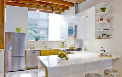 4 cocinas blancas y 4 de madera: ¿Cuál te gusta más?