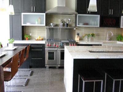 Modern Kitchen by KitchenLab | Rebekah Zaveloff Interiors