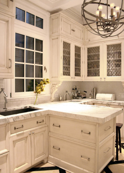 Traditional Kitchen by KitchenLab | Rebekah Zaveloff Interiors