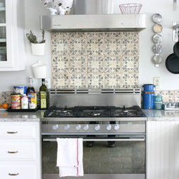 Kitchen Designs With Tile Backsplash