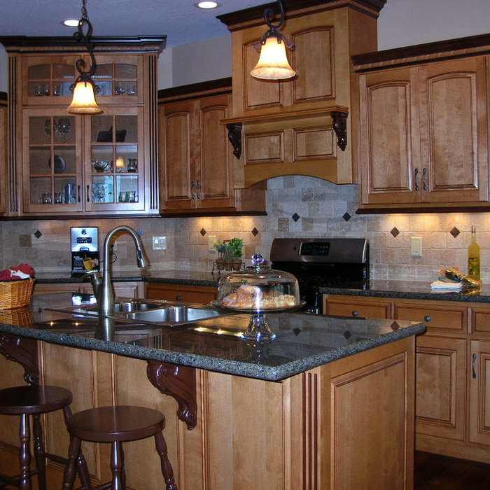 Open Traditional Kitchen New Construction
