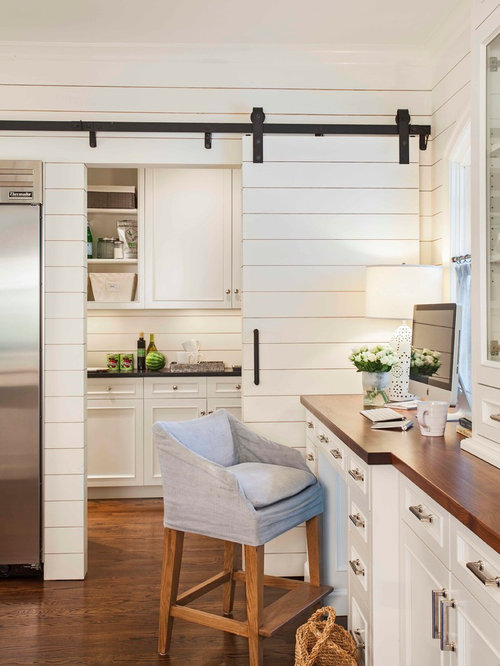Interior barn doors home design ideas pictures remodel for Country living 500 kitchen ideas style function charm