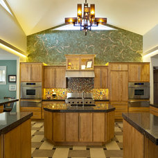Contemporary Kitchen by KSID Interiors, Inc.