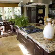 Traditional Kitchen by Stone Mansion Granite & Marble Ltd.