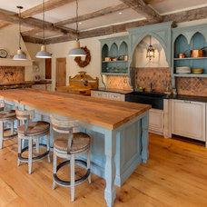 Traditional Kitchen by Heartwood Design