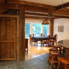 traditional kitchen by Kawartha Lakes Construction