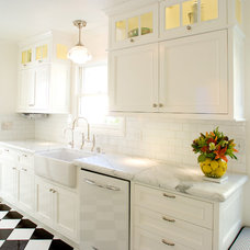 Traditional Kitchen by Case Design/Remodeling San Jose