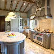 Traditional Kitchen by Anderson Homes