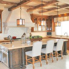 Mediterranean Kitchen by RL Pruitt Construction, Inc.