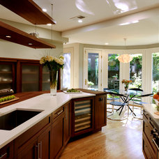 Transitional Kitchen by Bob Narod, Photographer, LLC