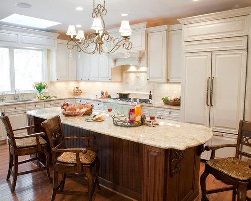 Cucina lineare shabby-chic style di medie dimensioni - Foto e Idee ...