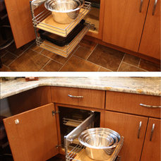 Modern Kitchen by Remodeling Concepts LLC