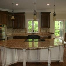 Traditional Kitchen by Chad Goodin Signature Homes, Inc.