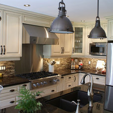 Traditional Kitchen by CHART Craftsman & Design