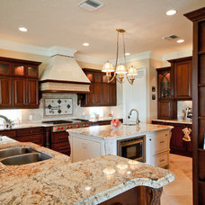Traditional Kitchen by Christopher Burton Homes, Inc.
