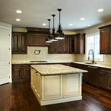 Traditional Kitchen by Ciot