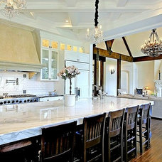 Traditional Kitchen by Concept Builders, Inc.