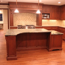 Traditional Kitchen by Creative Carpentry & Design Inc.