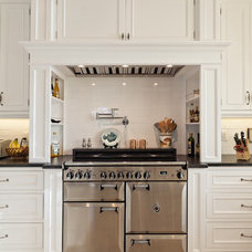 Traditional Kitchen by Creative Construction Corporation Inc