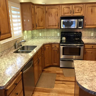 75 Most Popular Rustic Kitchen With Laminate Countertops Design