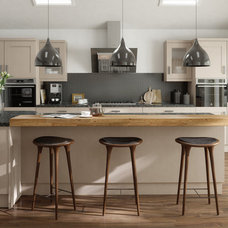 Midcentury Kitchen by Elmwood Interiors