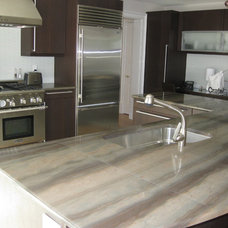 Contemporary Kitchen by Gerrity Stone