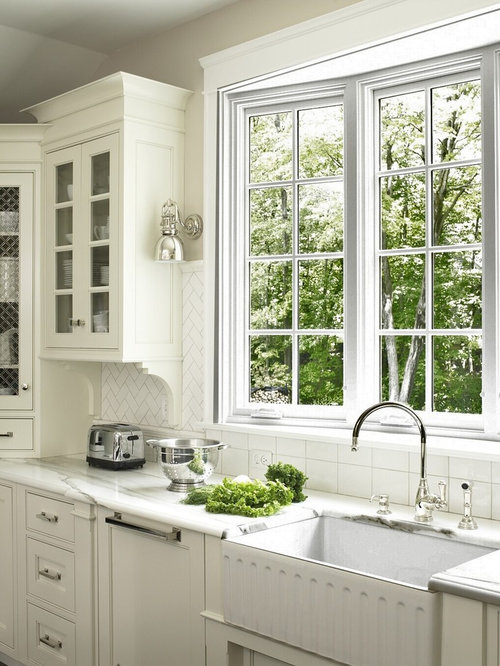 Bay window at sink home design ideas renovations photos for Bay window remodel