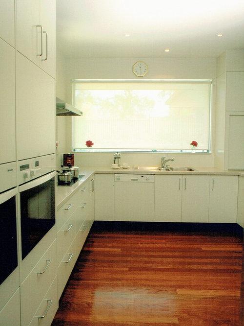 Canberra Queanbeyan Kitchen Design Ideas Renovations Photos With White Appliances