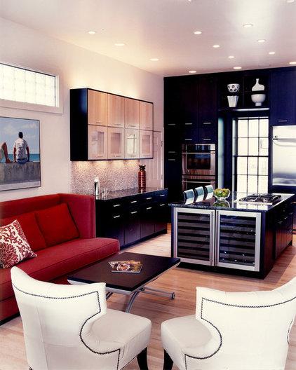 Contemporary Kitchen by J.A. Smith Construction & Design Studio