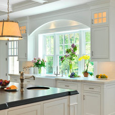 Traditional Kitchen by Jan Gleysteen Architects, Inc