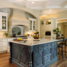 Traditional Kitchen by Kitchens of Los Gatos
