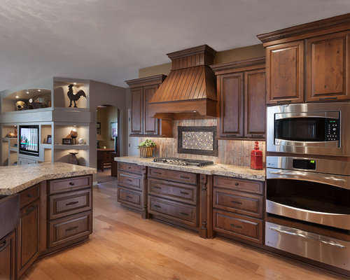Oakcraft cabinets home design ideas pictures remodel and for Kitchen cabinets lowes with golden gate wall art