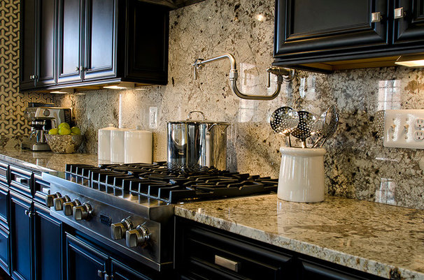 Traditional Kitchen by Maxine Schnitzer Photography