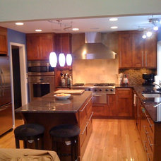 Contemporary Kitchen by Minchew and Company