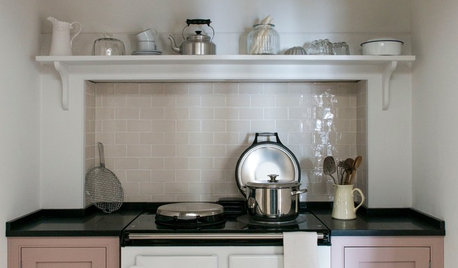 Ideas to Steal From Your Fantasy Holiday Cottage Kitchen