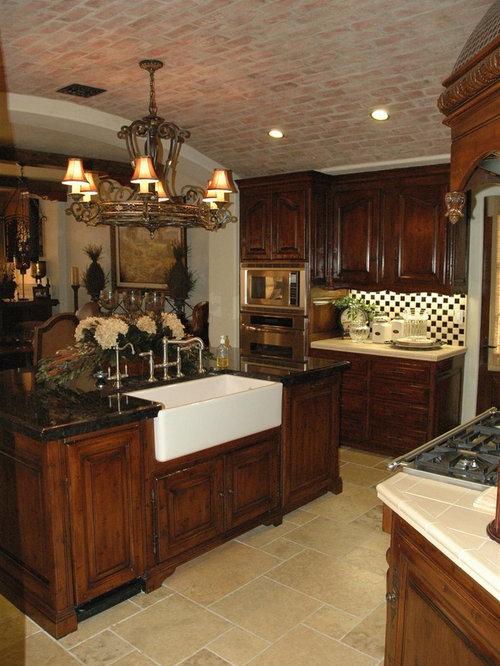 cuisine victorienne avec un plan de travail en carrelage photos et id es d co de cuisines. Black Bedroom Furniture Sets. Home Design Ideas