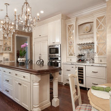 Traditional Kitchen by St. Louis Homes & Lifestyles Magazine