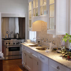 Traditional Kitchen by Oliver-Savage, inc