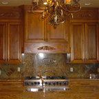 Broken Bow, OK - Rustic - Kitchen - Dallas - by Satterwhite Log Homes