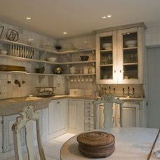 Traditional Kitchen by Ancient Surfaces