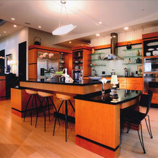 Contemporary Kitchen by Pulliam Morris Interiors