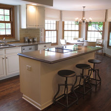 Traditional Kitchen by Ragsdale, Inc.