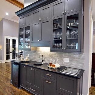 Transitional kitchen pictures - Kitchen - transitional kitchen idea in Atlanta