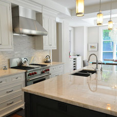 Traditional Kitchen by Sherwood Custom Homes