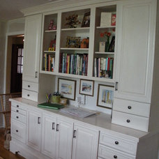 Traditional Kitchen by Simply Kitchens and Baths