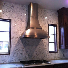 Traditional Kitchen by Soci, LP